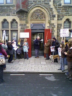 Protesters outside Arad Goch
